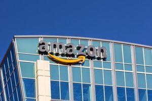Amazon časti radnike - 100 dolara za potvrdu o vakcini