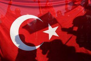"""Turci ne praštaju: Prete da ih bace u """"potpuni mrak"""" - ali bukvalno"""