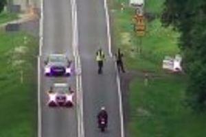 Leteća ruka zakona: Kažnjavaju vozače uz pomoć drona VIDEO