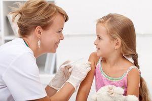 """""""Moderna"""" ispituje vakcinu i na deci mlađoj od 12 godina"""
