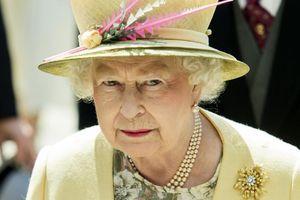Kraljica će morati da se odrekne jednog svog užitka