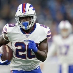 Frank Gore reaches 15,000 Yards Rushing