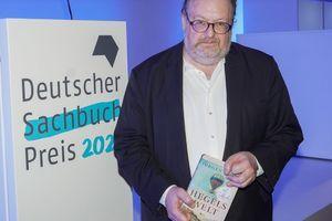 Jürgen Kaube erhält Deutschen Sachbuchpreis für »Hegels Welt«