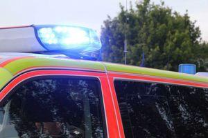 Düsseldorf: Krankentransport kollidiert mit Straßenbahn – 73-jähriger Patient stirbt
