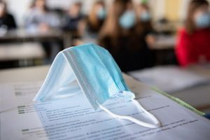 Corona: Mehrheit gegen Maskenpflicht in der Schule – Lehrer sind aber dafür