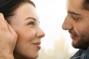Žene o muškoj privlačnosti: Izgled ili maniri?