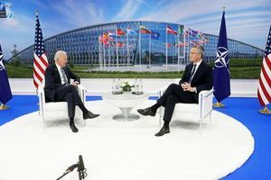 Nato-Gipfel: Bündnisfall Fernost