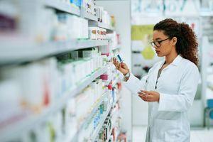 Фармацевти: От 18 лекарства за COVID само 9 са безплатни