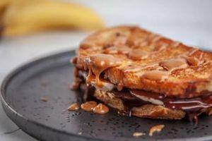 Сандвичи с банан, шоколад и карамел