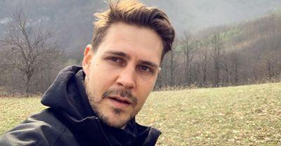 HTEO SAM DA SE NASMEJEM, ALI... Miloš Biković pokrenuo novi izazov na Instagramu ovom fotografijom (FOTO)