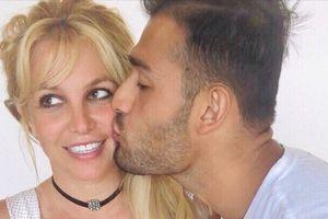 Britney Spears in Sam Asghari sta zaročena!