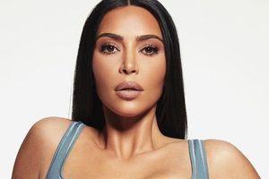Kim Kardashian povsem nerazpoznavna!