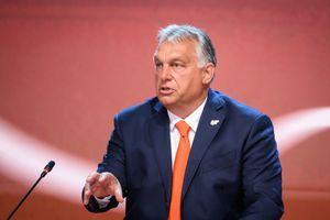 """Viktor Orbán: """"To, kar počne Bruselj, je izdaja"""""""