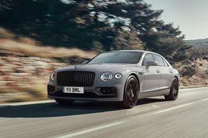 """Bentley """"osvežio"""" Flying Spur: Najbolja vest je da motor ostaje isti (FOTO)"""