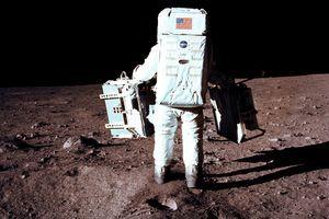 Da li je Baz Oldrin video OVO na Mesecu? Neverovatan pogled kroz vizir astronauta (VIDEO)