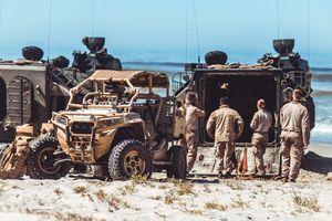 Polarisov terenac za MUNJEVITE akcije: Prevozi komandose, a naoružan je do zuba (VIDEO)