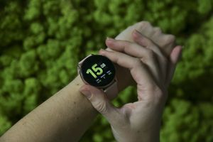 """Samsungu će biti teško da nadmaši svoj novi sat - Galaxy Watch Active 2 na testu """"Blca"""""""