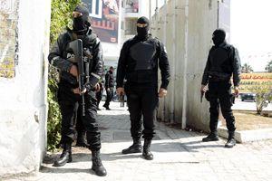 ISPAO IZ TAKSIJA, OSTAO MRTAV NA MESTU Srbin poginuo u teškoj saobraćajnoj nesreći u Tunisu, povređene još TRI OSOBE