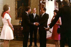 Lepa kći američkog predsednika: Otac je spojio sa Džordžom Bušem, završilo se katastrofalno, a onda je pikirao princa Čarlsa - to je bio FIJASKO