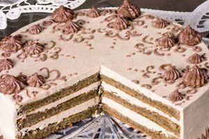 Rokoko torta je nastala u čast čuvene madam Pompidur, a toliko je slatka i ukusna da se i danas pravi