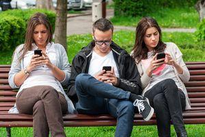 TEHNOLOŠKI DIV GASI JOŠ JEDAN PROJEKAT Mobilne tarife sve pristupačnije, javne Wi-Fi tačke postale nepotrebne
