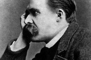 """Na današnji dan rođen je čovek koji je izgovorio čuveno """"ono što nas ne ubije, to nas ojača"""", toliko tačan citat koji nas sve nervira"""