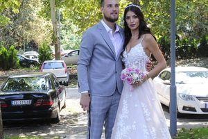 REMONT Prošle godine se udala za srpskog fudbalera, letos se PORODILA, a sada je IZVADILA SILIKONE IZ USANA i evo kako izgleda