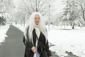 """Ja sam dete Meseca, zovite me Sumi"": Svetlanu iz Obrenovca su vršnjaci zvali ""vampir"" a danas na Instagramu oduzima dah svojim izgledom"