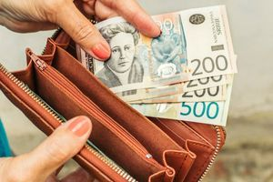 Svakom RADNIKU POŠTE po 40.000 dinara