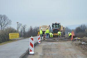 Širi se MREŽA AUTOPUTEVA u Srbiji, krajem godine gradićemo osam BRZIH DEONICA, a jedna kroz Vojvodinu sada je predstavljena do detalja