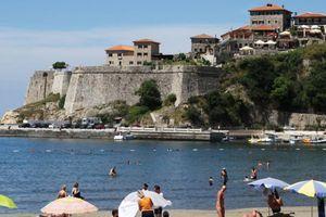 Crna Gora proširila listu, Srbi još čekaju, ali prolaz imaju svi iz Zibambvea, Papua Nove Gvineje...