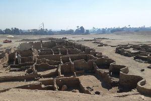 U Egiptu pronađen IZGUBLJENI ZLATNI GRAD, jedan od najvećih drevnih gradova ikada: Hiljadama godina je bio sakriven ispod peska (FOTO)