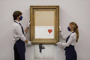Benksijevo delo koje je senzacionalno završilo U FRONCLAMA prodato za rekordnu sumu: Za oštećenu sliku MILIONI