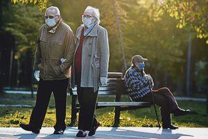 ŽENE U PENZIJU SA 64, MUŠKARCI SA 66 Komšije smanjile uslove za penzionisanje