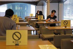 """""""OL INKLUZIV KARANTINSKI SMEŠTAJ"""" Hoteli u Hong Kongu pokrenuli novi trend"""