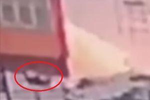 NEVEROVATNO Ruskinja preživela skok sa devetog sprata, nakon pada ustala i tražila hitnu pomoć (VIDEO)