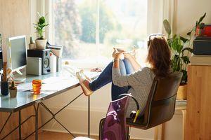 Radite od kuće? Evo iskustvenog saveta koji NIŠTA NE KOŠTA, a garantovano pomaže da KONTROLIŠETE liniju!