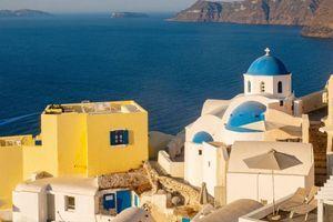 Obožavamo belo-plave fasade u Grkoj, a nemamo pojma da se iza njih krije jeziva priča povezana sa epidemijom