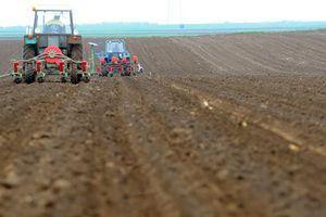 ODOBREN 241 PROJEKAT Za kupovinu traktora iz IPARD programa 117 zahteva