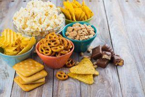 NEPRIJATELJI ZDRAVLJA: Zamenite grickalice ovim zdravim i korisnim namirnicama!