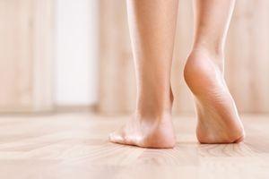 NE MORATE KOD PEDIKIRA: Dva sastojka koja imate u kući učiniće vaša stopala neverovatno glatkim!