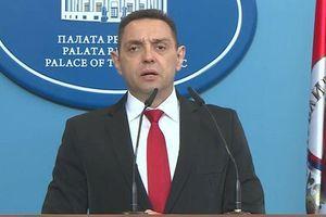 Вулин: Не тражимо ни центиметар Црне Горе, а Абазовић не треба да отима 13 одсто Србије