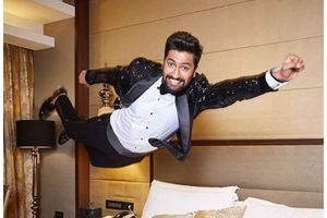 Vicky Kaushal's witty caption is unmissable!