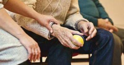 Grozno stanje u staračkim domovima u Kanadi: Štićenici maltretirani, drogirani, među muvama i bubašvabama