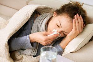 Καθηγητής μικροβιολογίας για γρίπη: Φέτος έχουμε και τους δύο τύπους