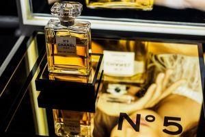 Merilin Monro je u krevetu nosila samo ovaj parfem: Najzanimljivije činjenice o Šanelu broj 5