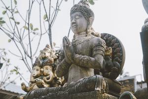 DESET ZANIMLJIVOSTI KOJE ĆE VAM PROMENITI POGLED NA SVET: Šta sve možemo naučiti od BUDISTA?