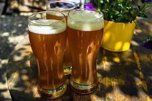 Egyre nagyobb teret nyernek idehaza a prémium és szuper prémium sörök