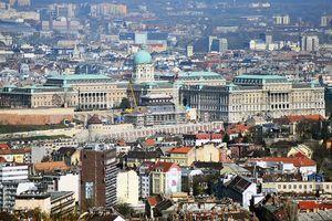 Lakások helyett óriásszálló épülhet Budapest belvárosában