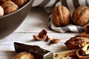 Vyrobte si jedlé dárky z vlašských ořechů